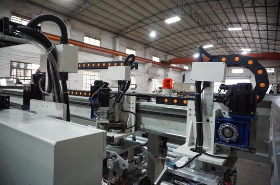 2020-12-16 21_01_14-Glass seaming machin