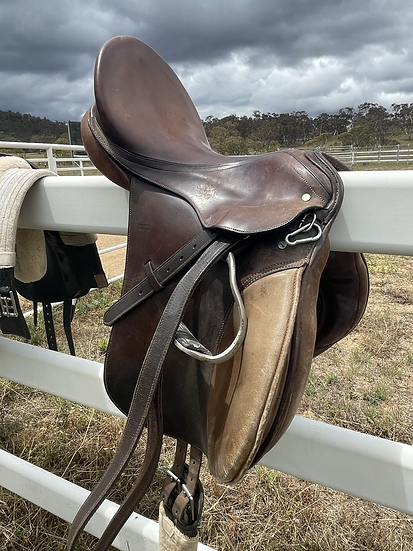 MAYNES SADDLE 17""