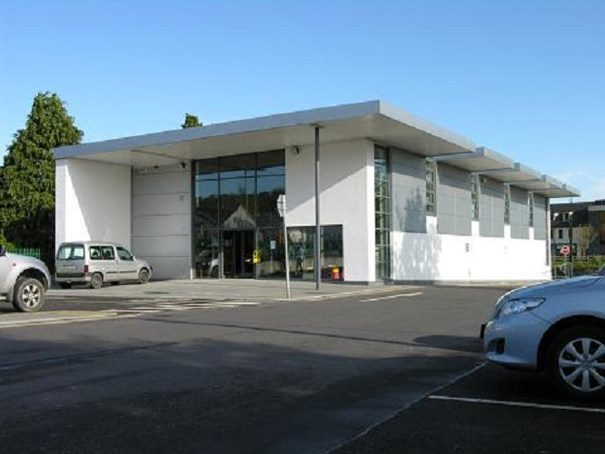 Carrigaline Library