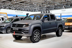 V6 Amarok lifted with leveled ride h
