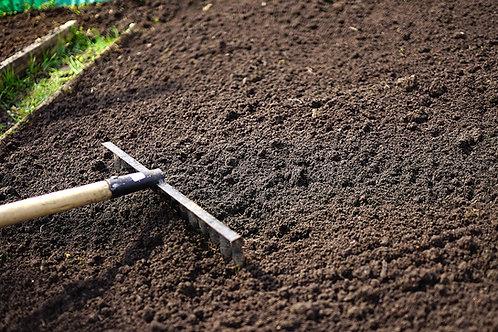DRY 10mm Screened Topsoil
