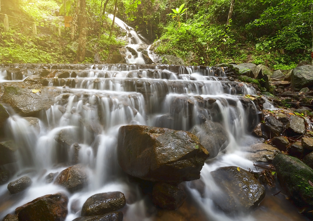Mae Kampong Waterfall