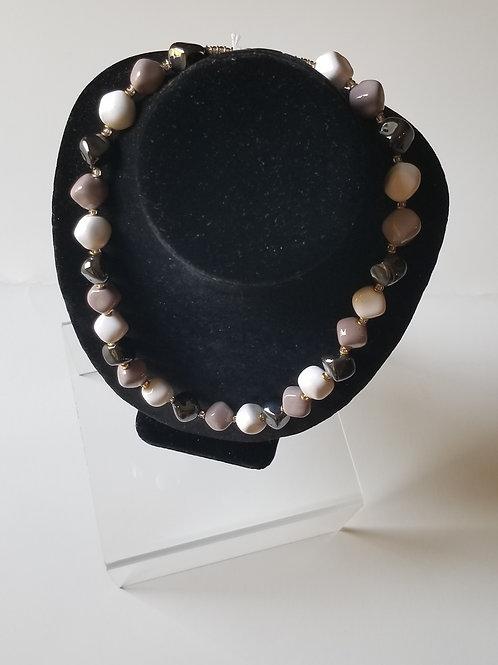 Cadeaux Necklace