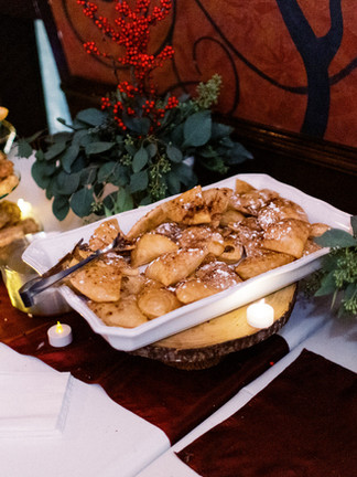 Dessert Stands & Trays