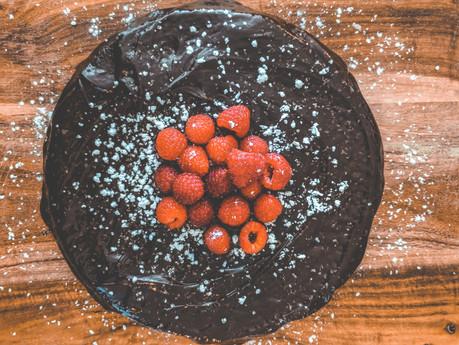 FLOURLESS CHOCOLATE CAKE | baking