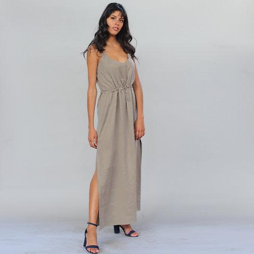 ManduTrap - Trägerkleid Tharea aus Tencel (Olive)