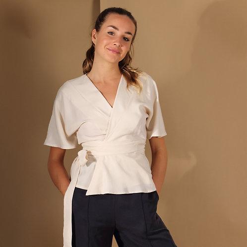 ManduTrap - Silja Tencel Wrap-Around Shirt (White)