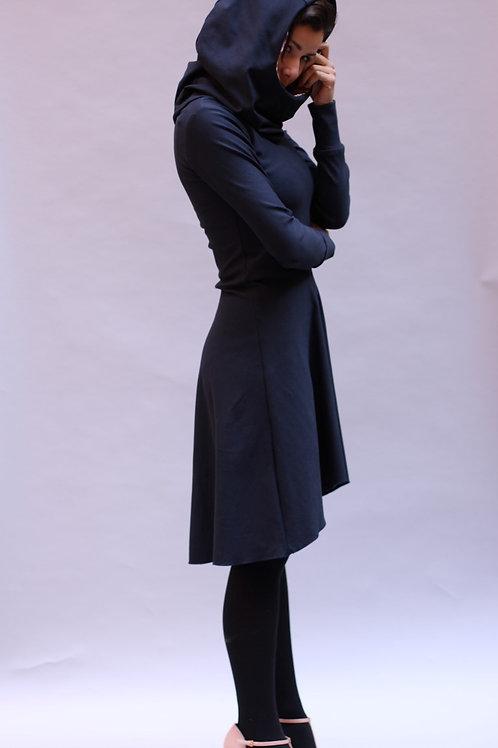 ManduTrap - Tapered Hoodie Kleid (Dunkelblau)