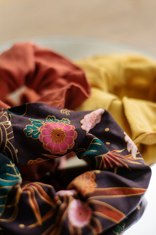 ManduTrap - Scrunchies, 3 Pack (Floral, Mustard Yellow, Rust)