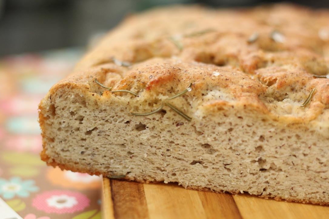Focaccia com fermentação natural sem gluten
