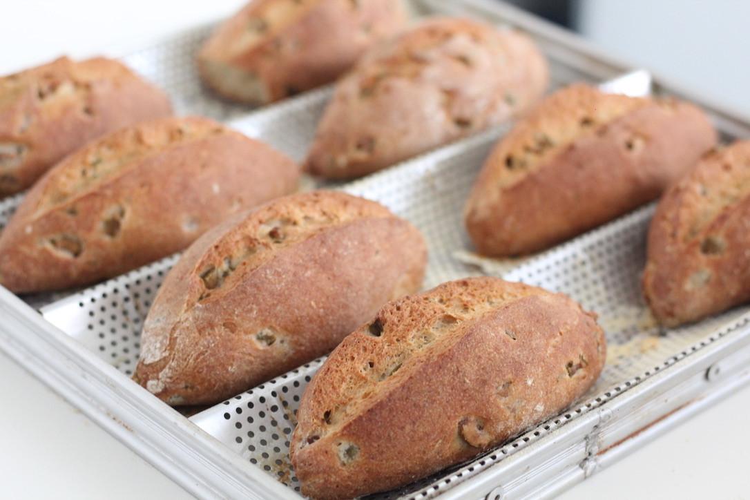 Pão de azeitonas com fermentação natural sem glúten