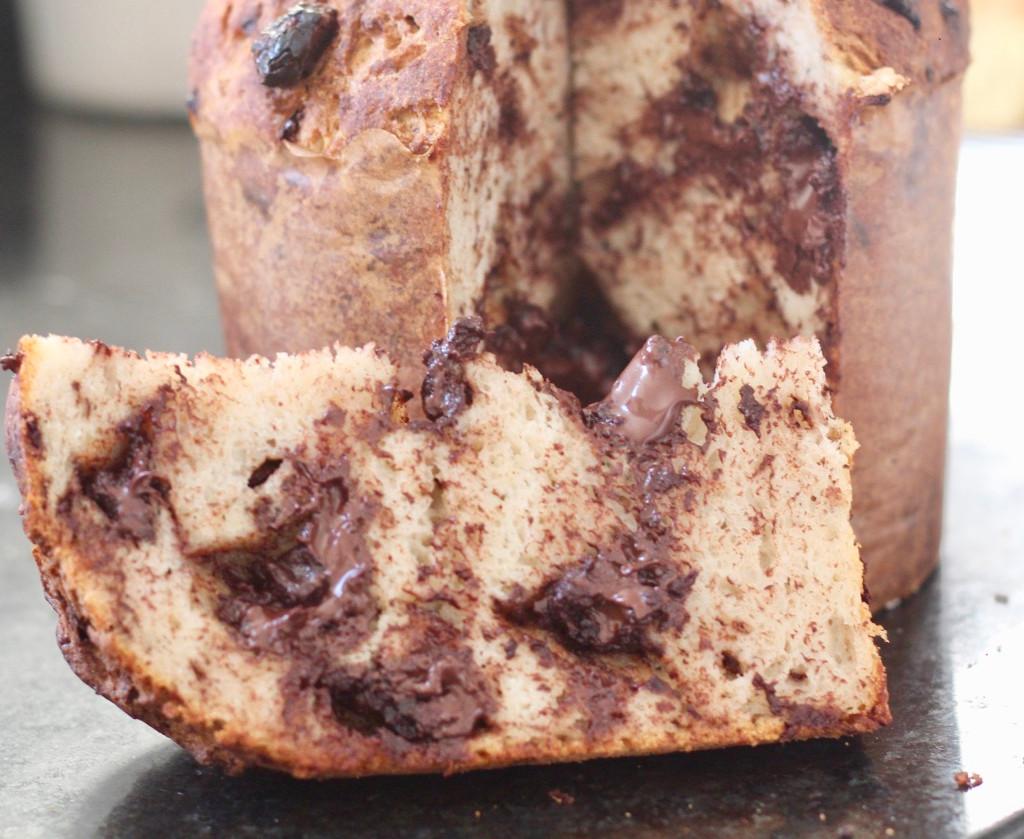 Panetone com gotas de chocolate e fermentação natural sem glúten