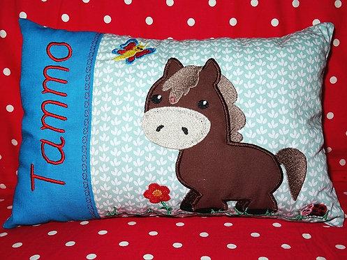 Namenskissen mit Pferd in Wunschfarbe
