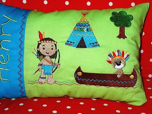 Namenskissen mit Indianer in Wunschfarbe