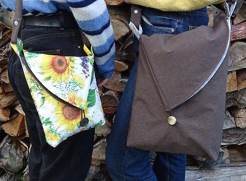 Umschlagtasche Sam zum wenden in 2 Größen aus Softshell und Canvas oder Jeans