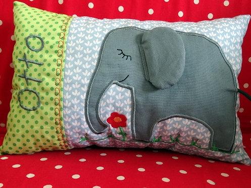 Elefant Namenskissen in Wunschfarbe