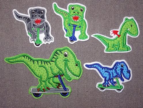 Dino Dinosaurier auf Roller Drache Applikation Aufnäher