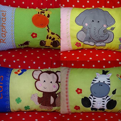 Affe Giraffe Elefant und Zebra Tiere Kissen ITH Stickdatei