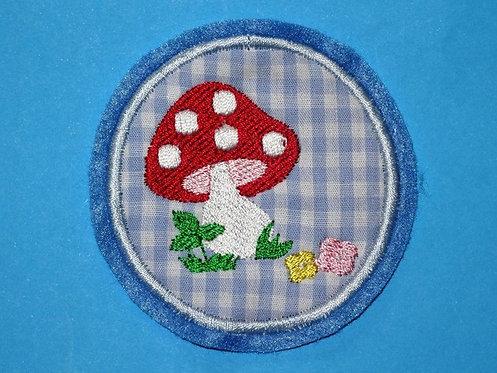 Fliegenpilz Button Aufnäher hellblau