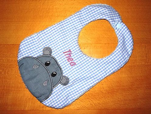 Lätzchen hellblau mit Nilpferd und Name