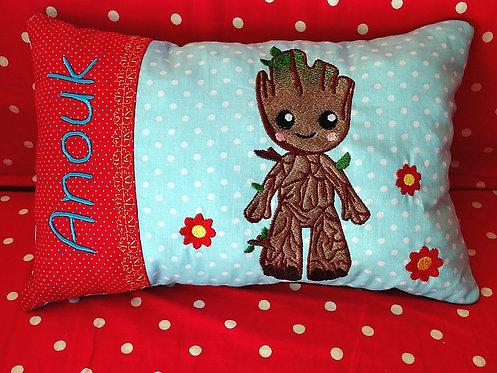 Namenskissen mit Babybaum  in Wunschfarbe