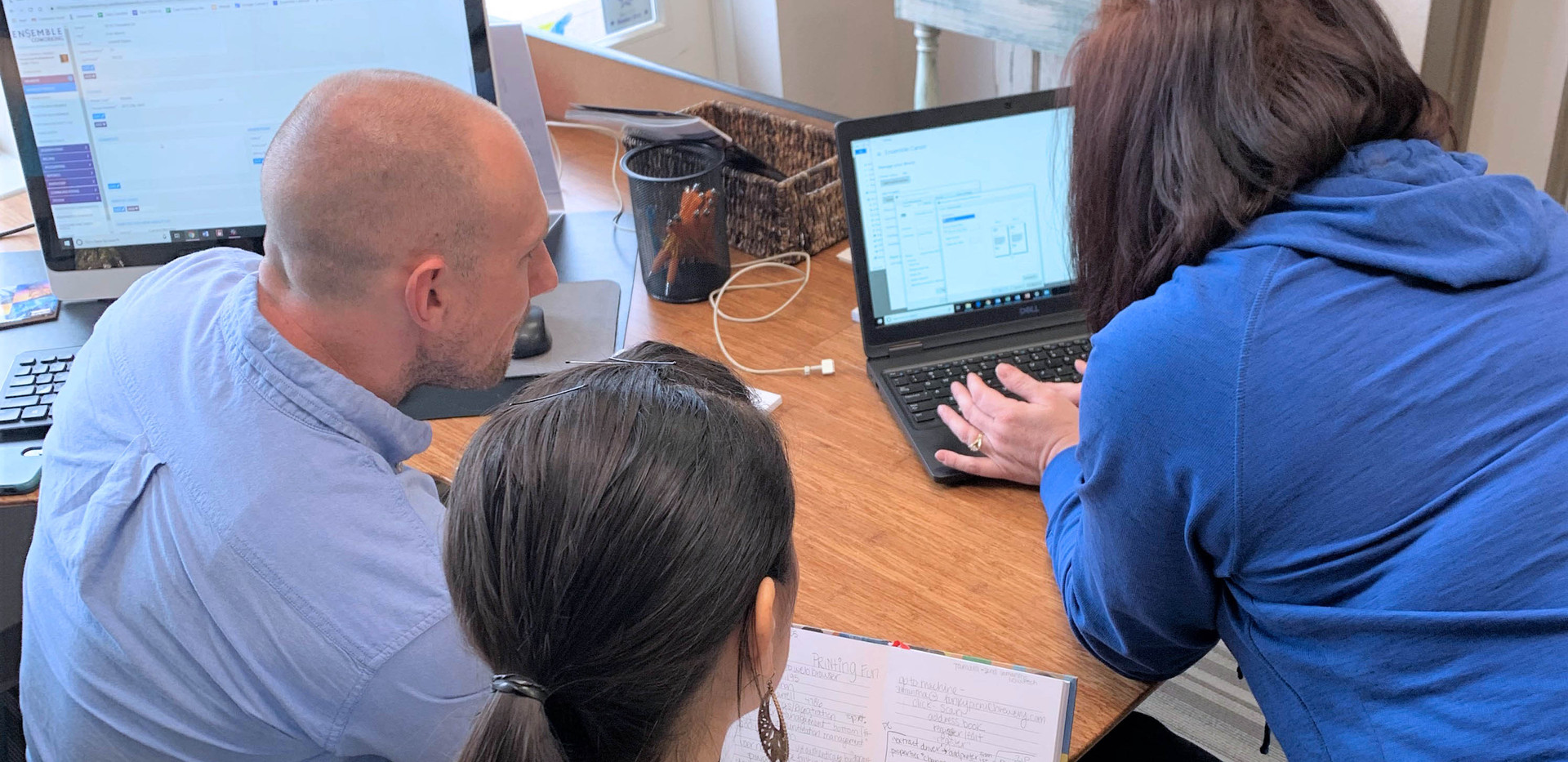 collaborating team.jpg