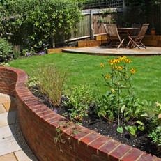 Curved Garden
