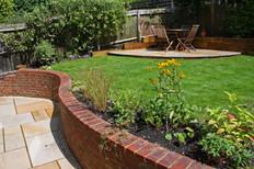 A Curved Garden