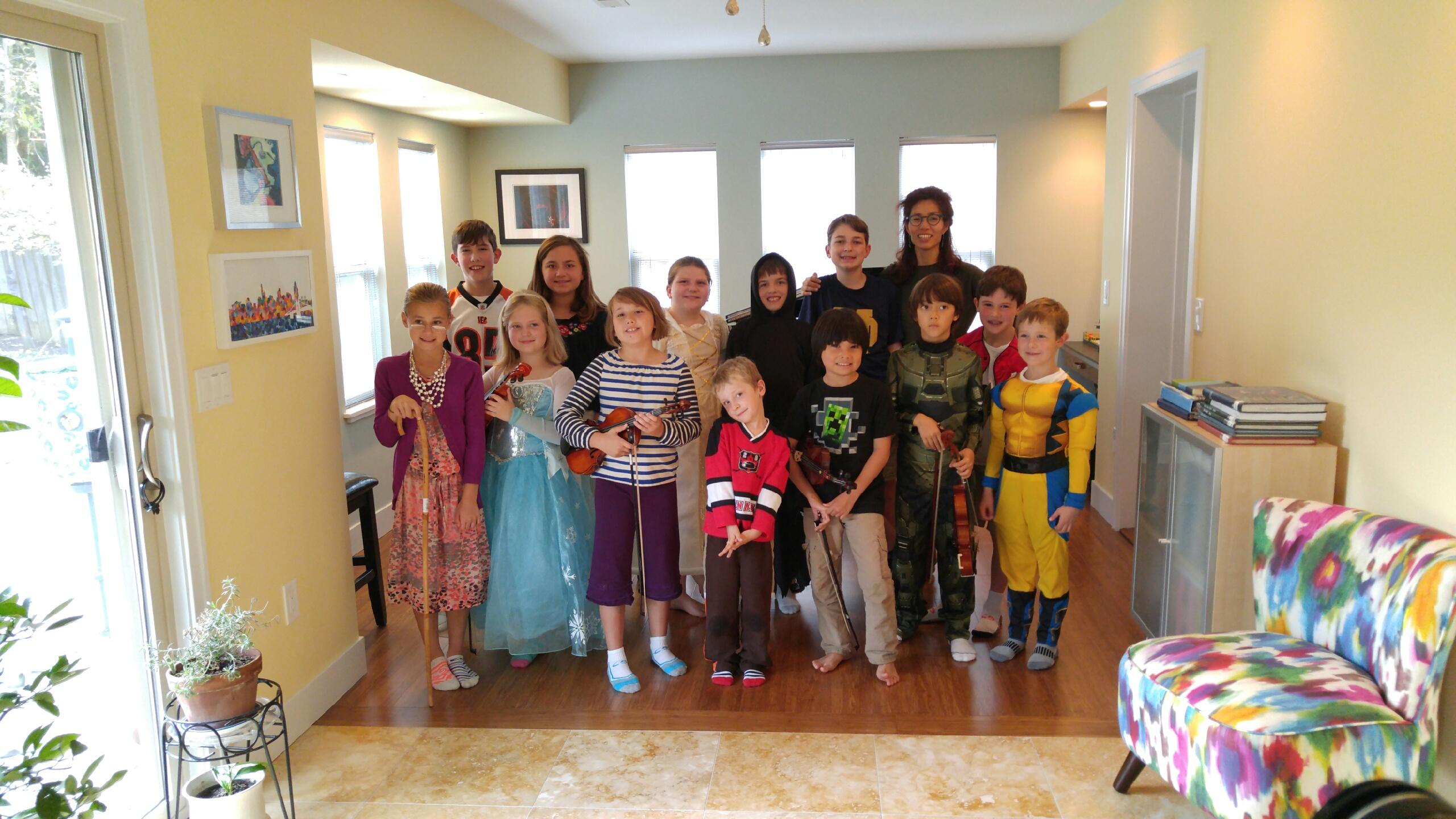 photos - group halloween