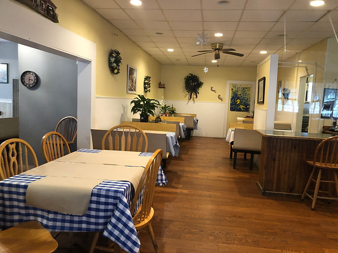 Charlotte's Cozy Kitchen: Breakfast, Lunch, Dinner
