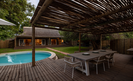 WHAT YOU NEED TO KNOW ABOUT BOOKING AN AFRICAN FAMILY SAFARI IN ZAMBIA.