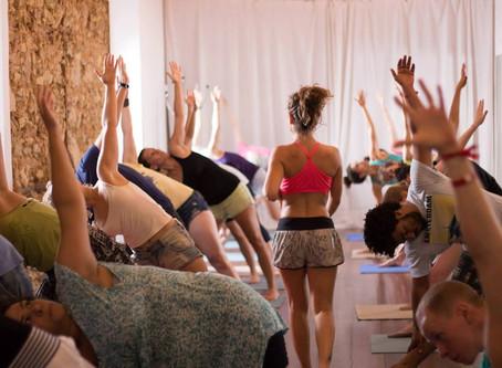 Para aqueles que sempre quiseram experimentar uma aula de Yoga e ainda não o fizeram