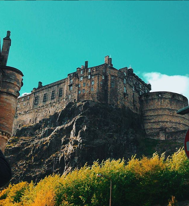 edinburgh castle .png