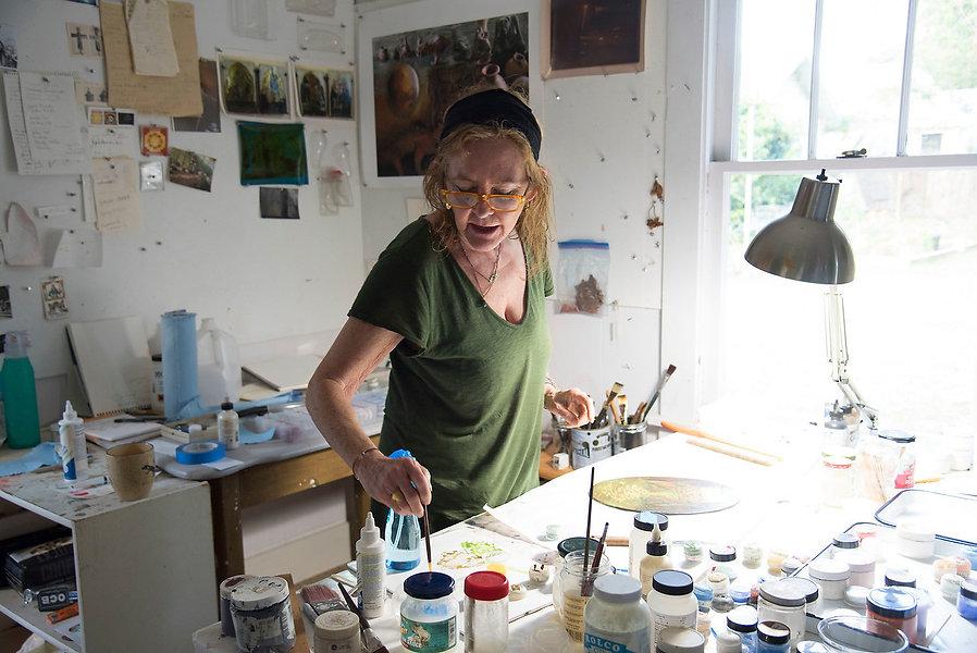 lynda in studio by elizabeth.jpg