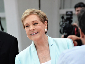 Julie Andrews: Leone d'oro alla Carriera