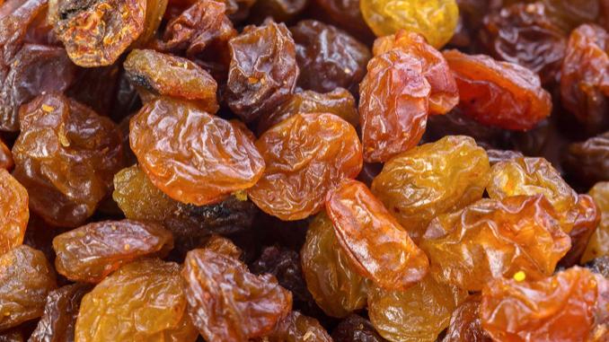 Dispensed Organic Raisins (£/100g)