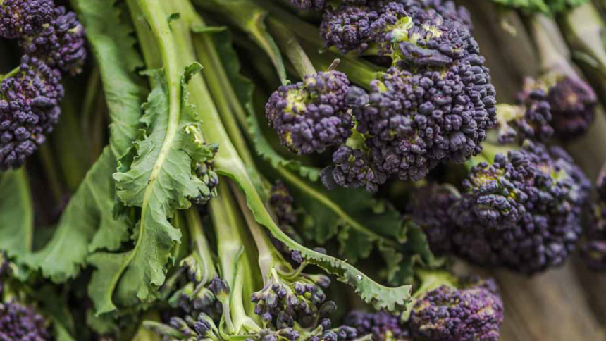 Purple Sprouting Broccoli (£/250g)