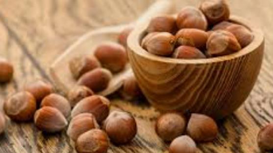 Dispensed Organic Hazelnuts (£/100g)