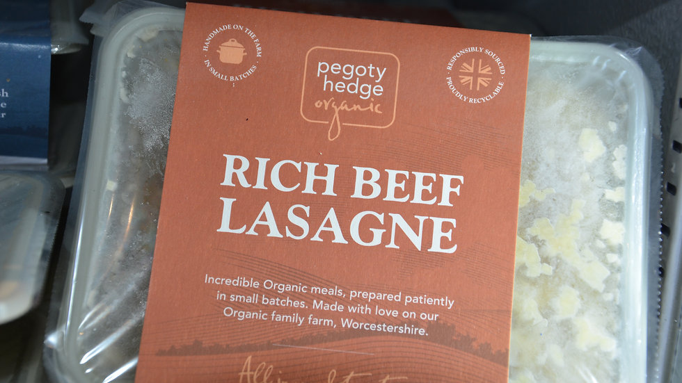 Pegoty Hedge Organic Rich Beef Lasagne 400g (£/each)