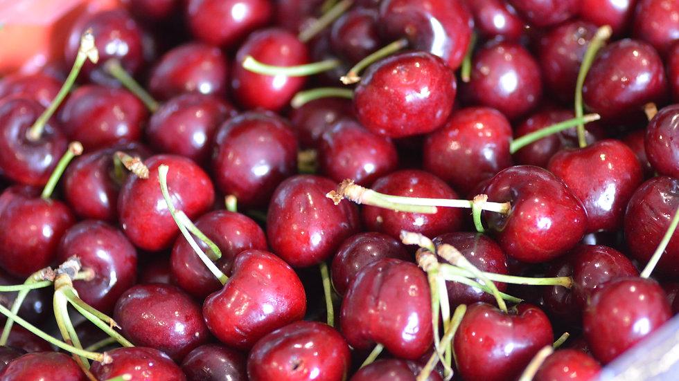 Juicy cherries (£/kg)