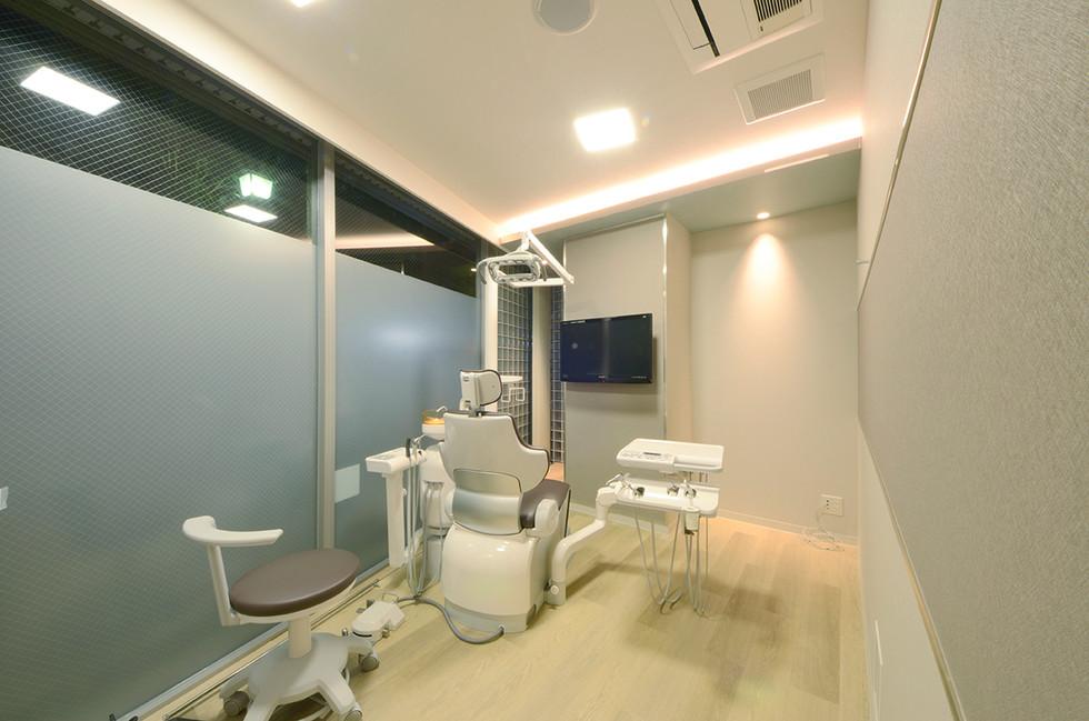 ふかい歯科クリニック|エーハンドデザイン株式会社 歯科内装デザイン設計事例