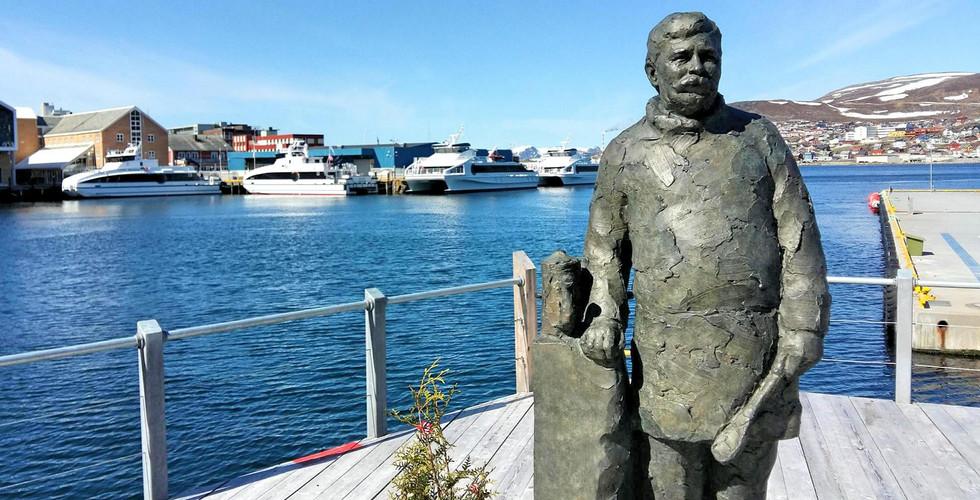 Statue of Lindstrøm