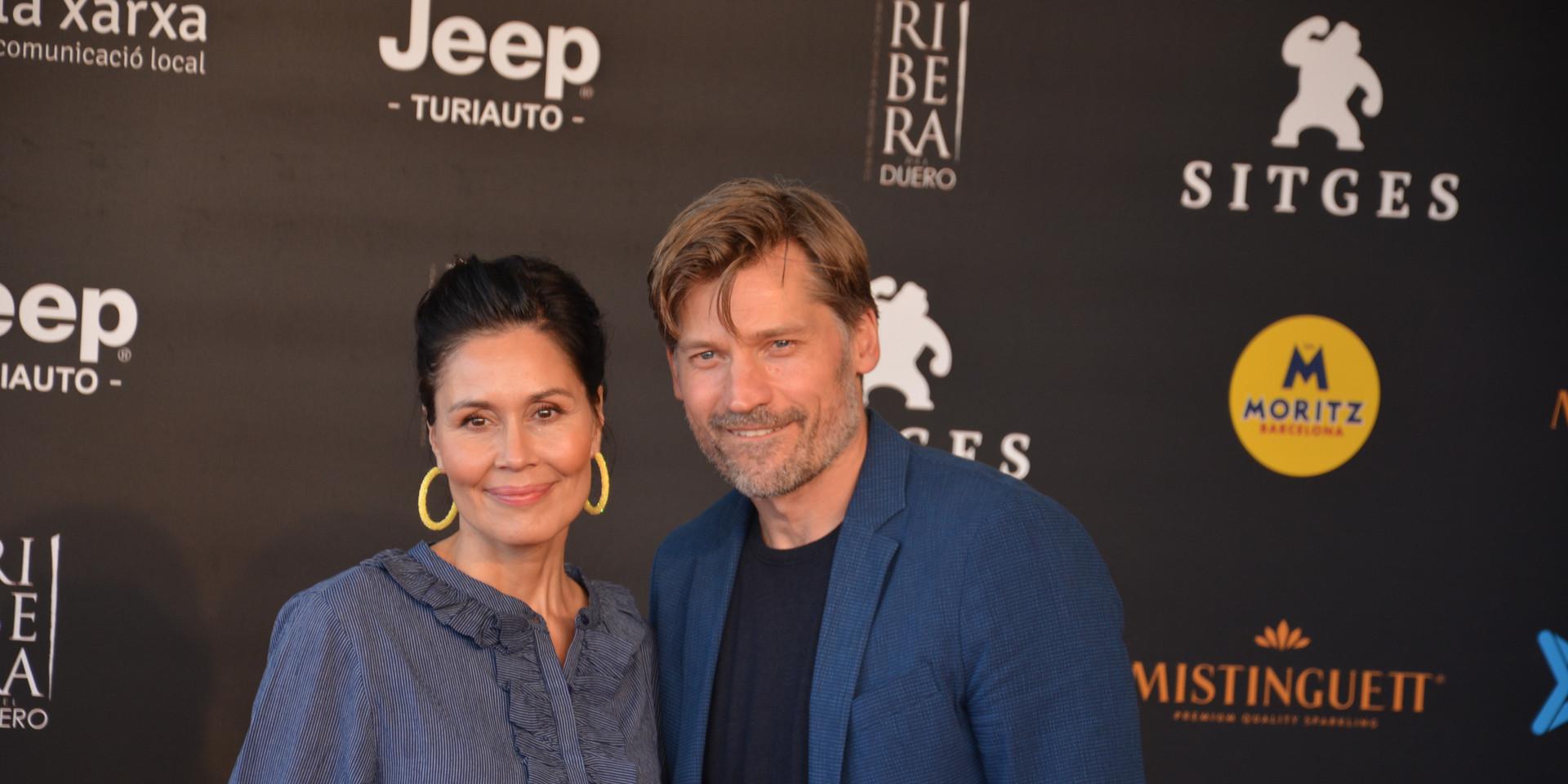 L'actor i la seva parella davant les càmeres