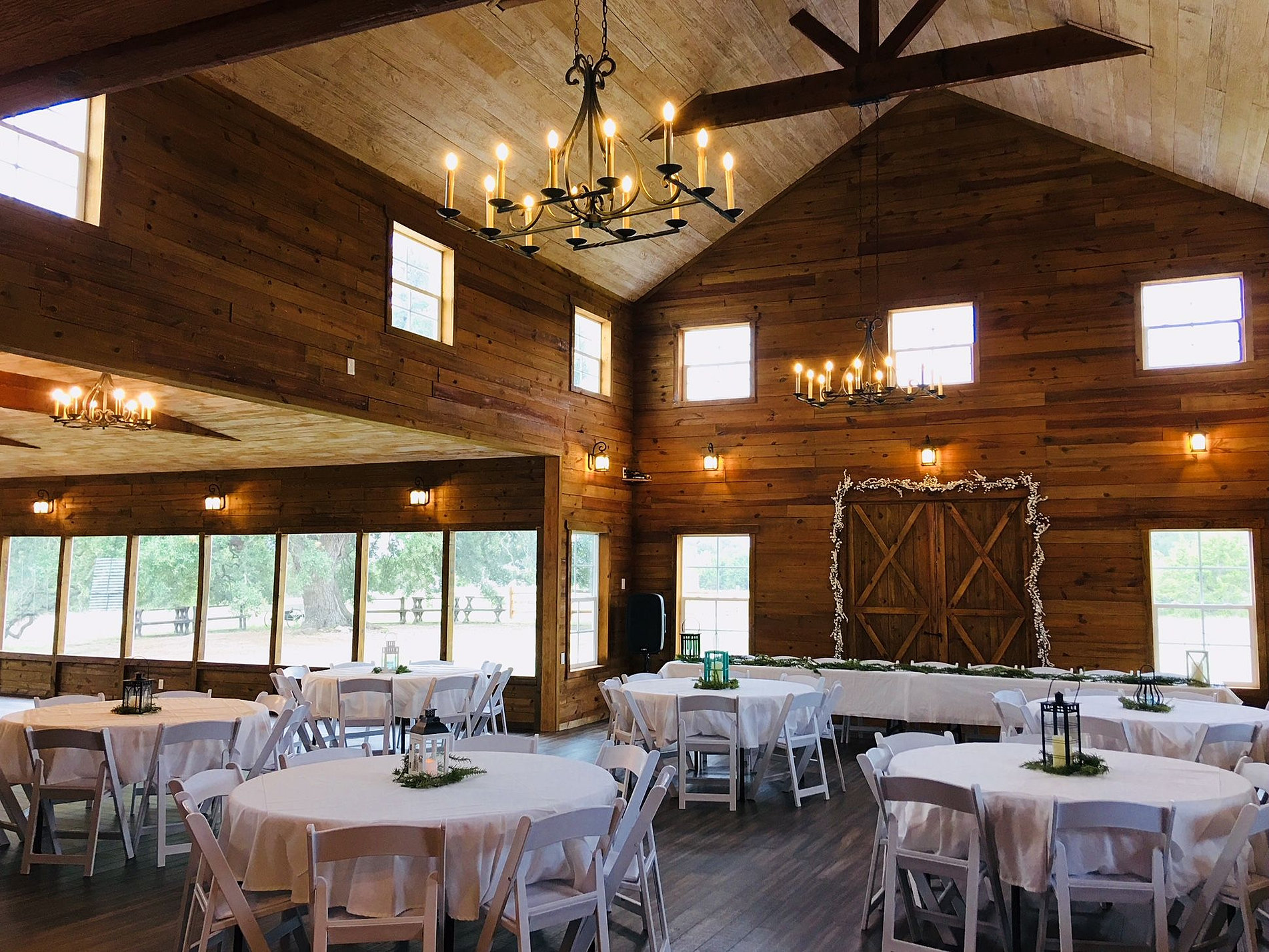 Hill Country Barn Wedding Venue