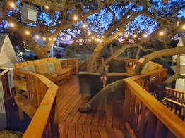 Treehouse Lodging in the Texas hill country