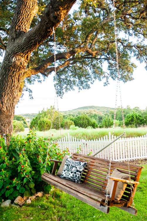 Outdoor wedding in Dripping Springs