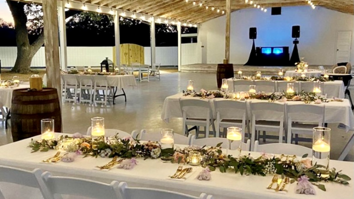 Outdoor Wedding and Event Venues near San Antonio and Austin Texas in the hill country of Dripping Springs: The Alexander at Creek Road offers both indoor and outdoor event venues for retreats, meetings, corporate gatherings and parties, with onsite vacation rentals at their boutique hotel in Dripping Springs, tx.