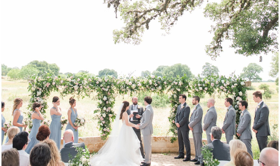 Fresh Air Outdoor Wedding Venue: The Alexander at Creek Road Wedding Venue with onsite lodging for Destination Wedding Weekends in Texas