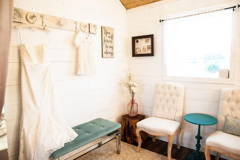 The Bridal Parlor at WindSong: The Alexander at Creek Road