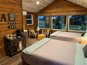 The Mack at The Treehouse: Accommodations in Treehouse Suite in Dripping Springs at The Alexander at Creek Road